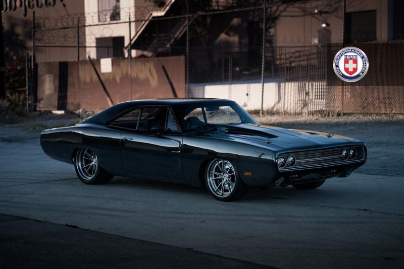 hre dodge charger late 60s 1 tuning car 10 Carbon Monster   1970er Dodge Charger Partnerprojekt