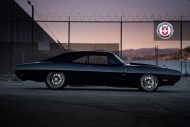 hre dodge charger late 60s 1 tuning car 7 190x127 Carbon Monster   1970er Dodge Charger Partnerprojekt