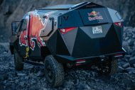 red bull reveals armored event vehicle with tuning copy 6 190x127 Red Bull extremo Land Rover Defender 130