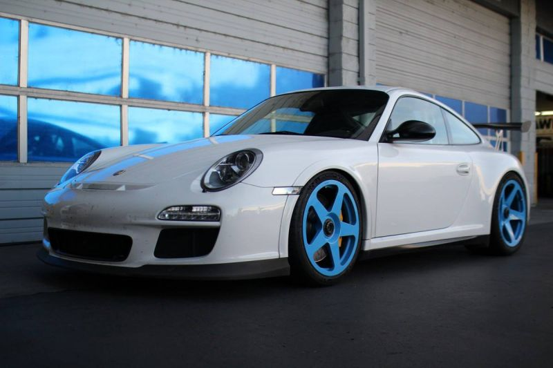 12238364 10153694059936698 8049881245306832659 o Hellblaue HRE Performance Wheels am Porsche 911