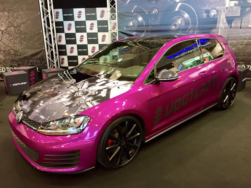 pinker vw golf vii mit gewindefahrwerk by vogtland. Black Bedroom Furniture Sets. Home Design Ideas