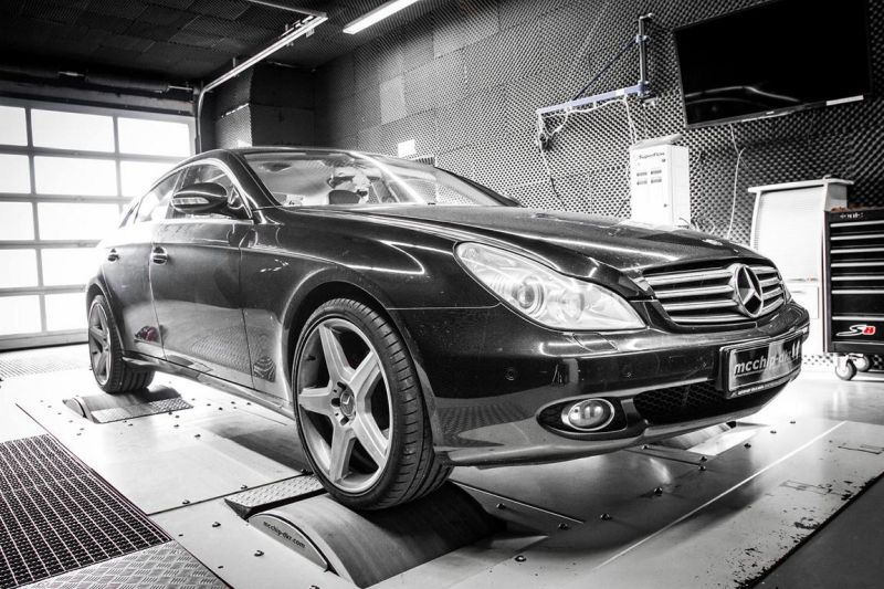 12322463 10153645291106236 3513450799833336210 o Mercedes CLS 320 CDI V6 mit 263PS & 511NM by Mcchip DKR