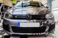 12322492 1092544847446721 7751684598615645296 o 190x127 Black broken Ice Folierung by CMD am VW Golf VI R Design