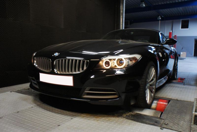 12356717 10154408471249128 4088781466538322332 o BMW Z4 35i mit 390PS & 574NM by Shiftech Engineering