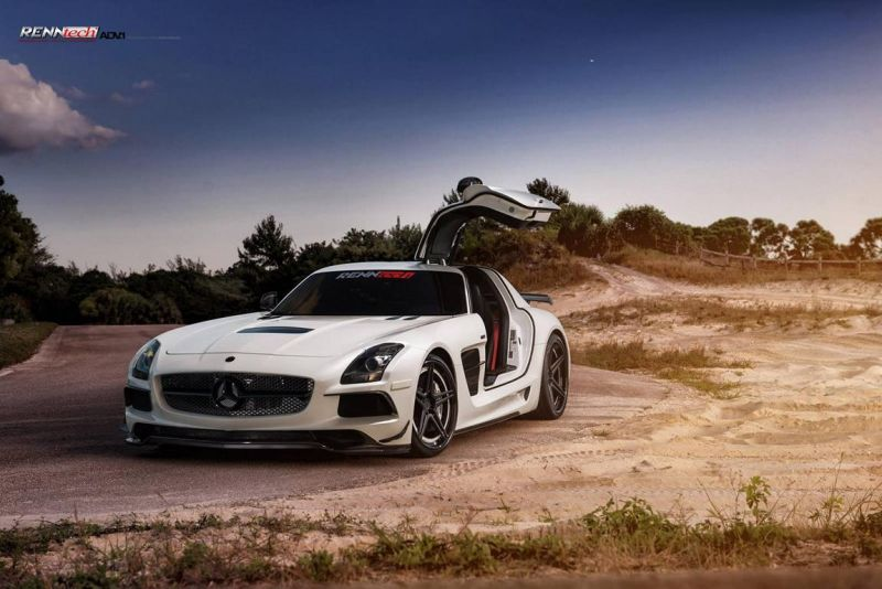 12366116 1017615034969399 2548373138298645650 o RENNtech Mercedes SLS AMG Black Series auf ADV.1 Wheels