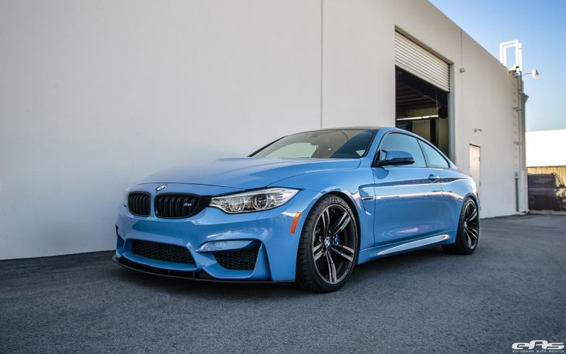 A Yas Marina Blue BMW F82 M4 With A Lightweight Upgrade 6 BMW M4 F82 in Yas Marina Blue   Tiefer & mehr schick!