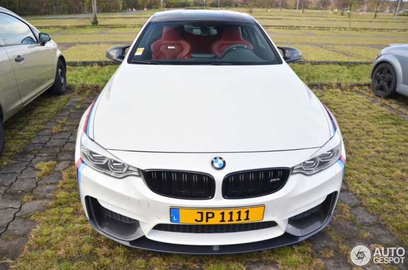 BMW M4 Racing autogespot 7 Fotostory: BMW M4 F82 mit Carbon Parts und M Livree