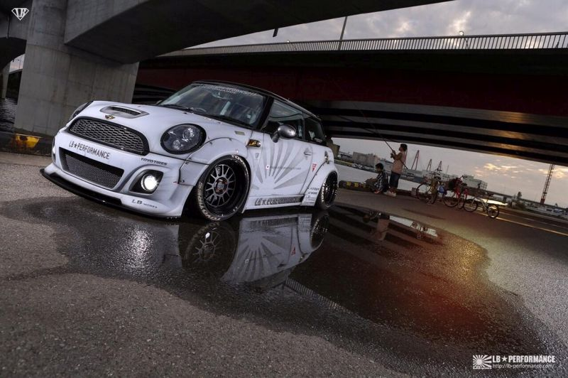 IMG 6488 Heftig   Liberty Walk Mini Cooper R56 Breitbau Kit