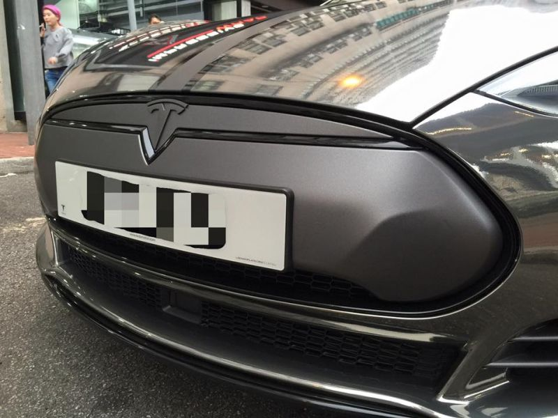 black chrome model s tuning impressive 3 Schwarz Chrom foliertes Tesla Model S by Impressive Wrap