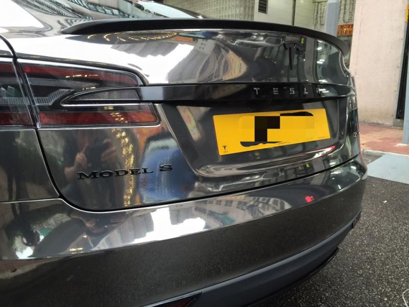 black chrome model s tuning impressive 6 Schwarz Chrom foliertes Tesla Model S by Impressive Wrap