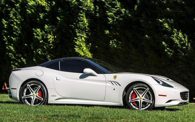 11221857 10153353227476662 5039295908482646419 o Weiße Forgiato Wheels am eleganten Ferrari California