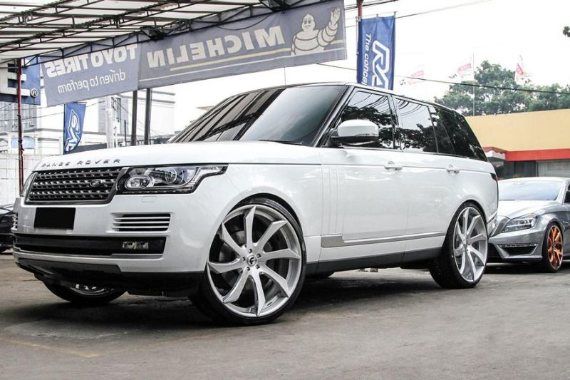 12474039 10153348700221662 3704830934126436376 o Riesig   Forgiato Wheels ECL in Silber am Range Rover Sport
