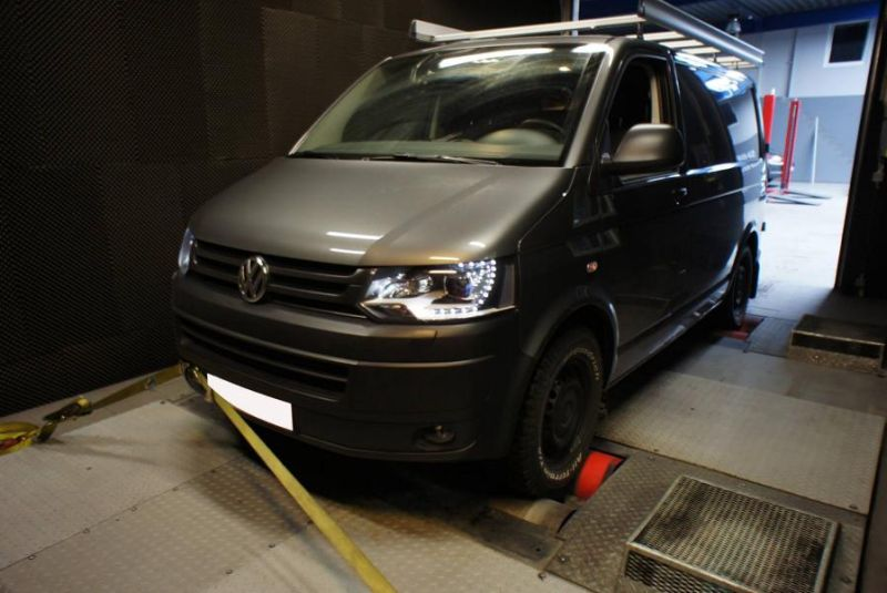 12487201 10154490624014128 3418487612910945496 o VW Transporter T5 2.0 TSI mit 259PS by ShifTech