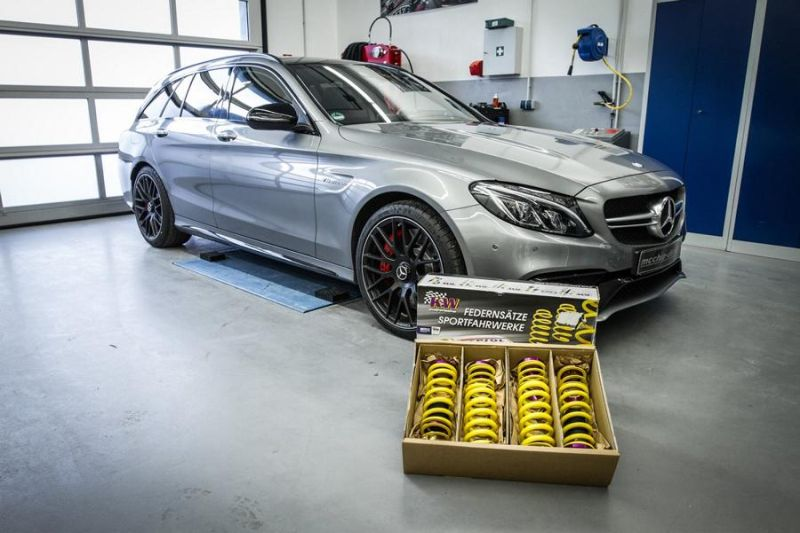 12489196 10153727244886236 6634885974135963810 o KW Federn & 590PS im C63 AMG's von Mcchip DKR SoftwarePerformance