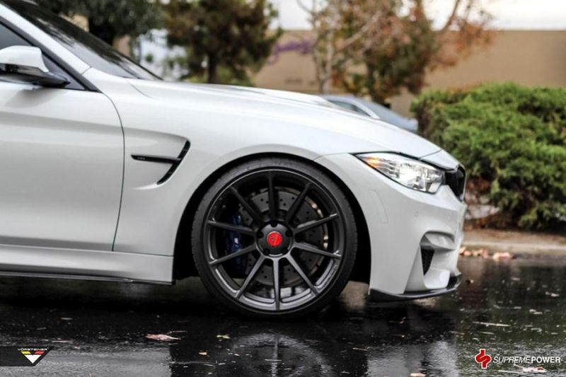 Alpine White BMW M4 By Supreme Power tuning car 1 Supreme Power    Tuning am BMW M4 F82 in Alpine Weiß