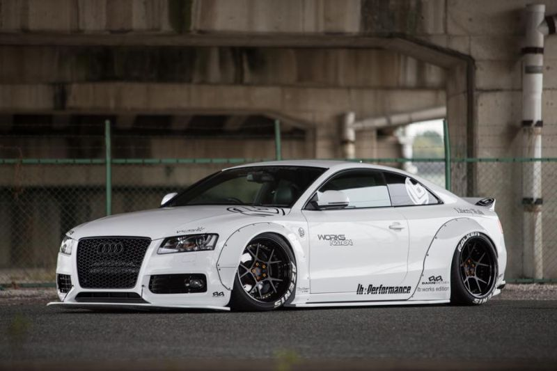 Audi A5 Coupe Liberty Walk Performance Bodykit 2016 Tuning Wei%C3%9F 18 Feeeeeeeeett   Audi A5 Coupe by Liberty Walk Performance