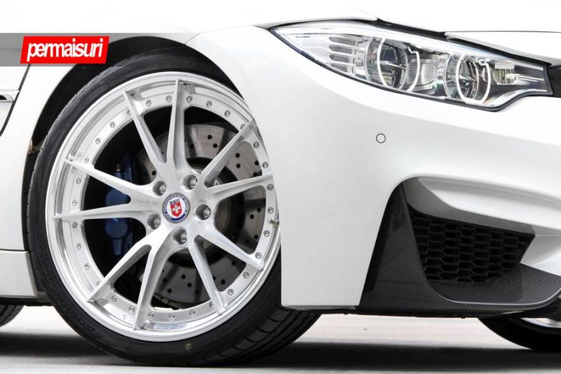 BMW M3 with HRE S104 in Brushed Clear by Permaisuri 1 BMW M3 F80 auf HRE S104 Alu's by Permaisuri