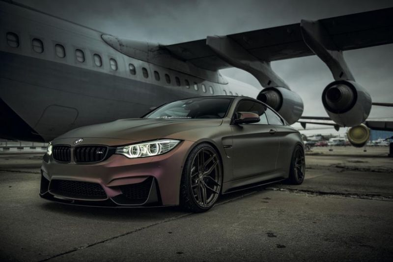 testkandidat bmw m4 f82 auf z performance wheels. Black Bedroom Furniture Sets. Home Design Ideas