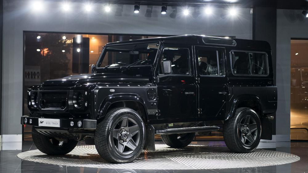 CHELSEA TRUCK COMPANY LAND ROVER DEFENDER 2.2 TDCI 110 STATION WAGON 7 SEATER THE END EDITION 3 The End Edition   Kahn Design's letzter Defender ist der beste!