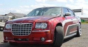 Chrysler 300C Driftcar Dodge Viper V10 Motor 1 1 e1453525098421 310x165 Video: Chrysler 300C Driftcar mit Dodge Viper V10 Power