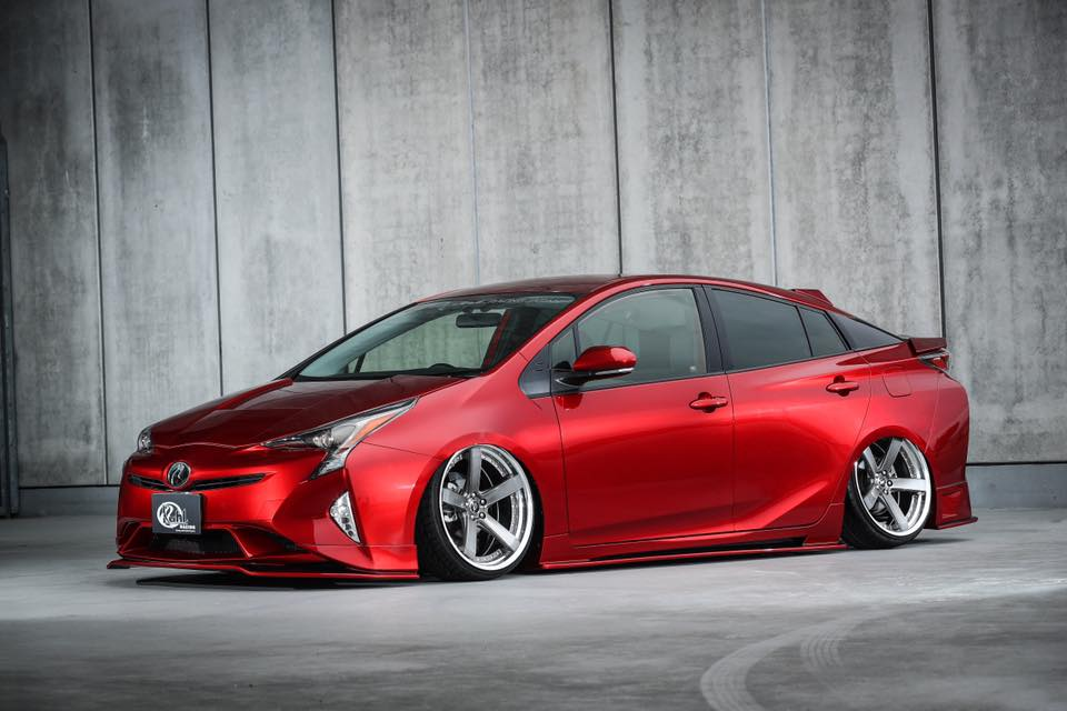 kuhl-racing-toyota-prius-zvw-50-widebody-1