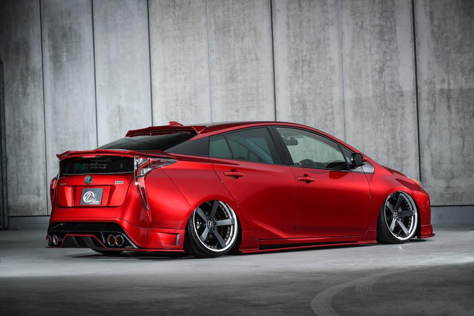 kuhl-racing-toyota-prius-zvw-50-widebody-2