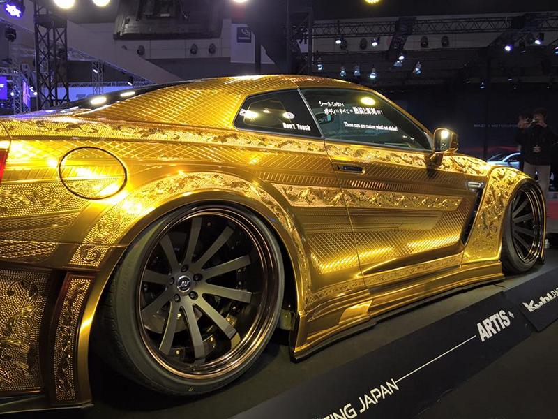 Nissan GT R Kuhl Racing Widebody Gold 13 IZ Metal & Candy Painting: das Autos als fahrendes Kunstwerk