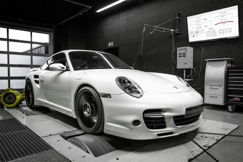 Porsche 997 3.6 Turbo Chiptuning Mcchip DKR 11 569PS & 800NM im Porsche 997 3.6 Turbo von Mcchip DKR
