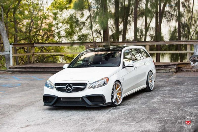 renntech bodykit power f r mercedes e63 amg w212. Black Bedroom Furniture Sets. Home Design Ideas