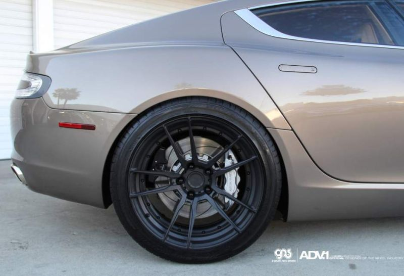aston martin rapide lowered aftermarket modified la auto 2 Aston Martin Rapide auf 20 Zoll ADV5.2 MV2 CS Alu's