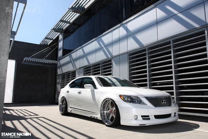 lexus ls460 x job de 3 800x0w Job Design   Tuning am dicken Lexus LS400 in Weiß