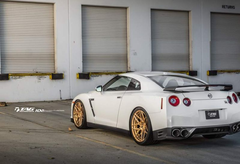 nissan gtr r35 adv1 wheels forged custom light weight racing bronze gold san diego wallapaper e w940 h641 cw940 ch641 thumb Nissan GT R in Weiß auf goldenen 21 Zoll ADV.1 Wheels