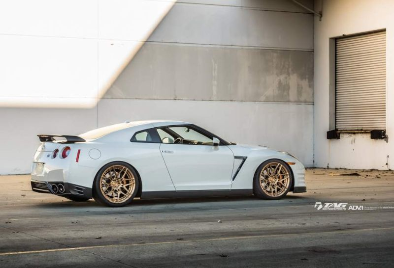 nissan gtr r35 adv1 wheels forged custom light weight racing bronze gold san diego wallapaper g w940 h641 cw940 ch641 thumb Nissan GT R in Weiß auf goldenen 21 Zoll ADV.1 Wheels
