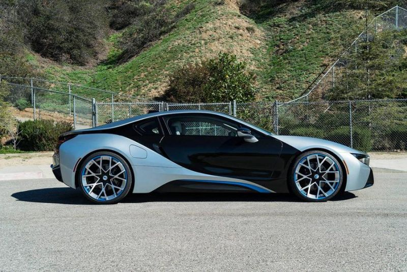 22 Zoll Forgiato Wheels BMW i8 blau Tuning 4 Schicke 22 Zoll Forgiato Wheels am BMW i8