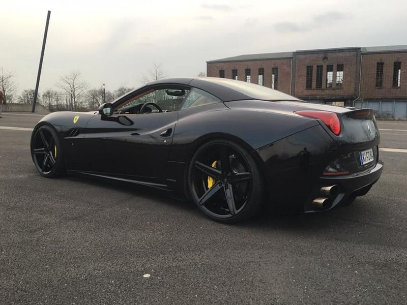 22 Zoll Oxigin 18 Felgen ML Concept Ferrari California 3 22 Zoll Oxigin 18 Felgen am ML Concept Ferrari California