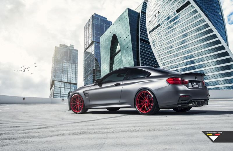 BMW M4 F82 Frozen Gray Vorsteiner Tuning R1 Motorsport 3 BMW M4 F82 in Frozen Grey mit Vorsteiner Tuning