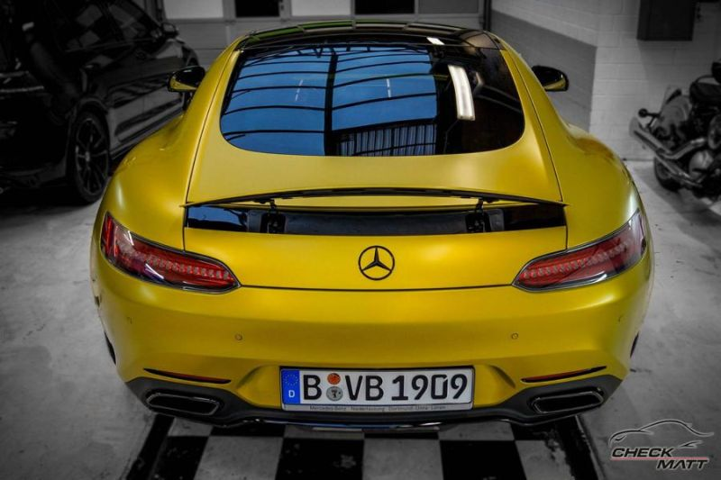 bvb mercedes amg gt check matt dortmund 3. Black Bedroom Furniture Sets. Home Design Ideas