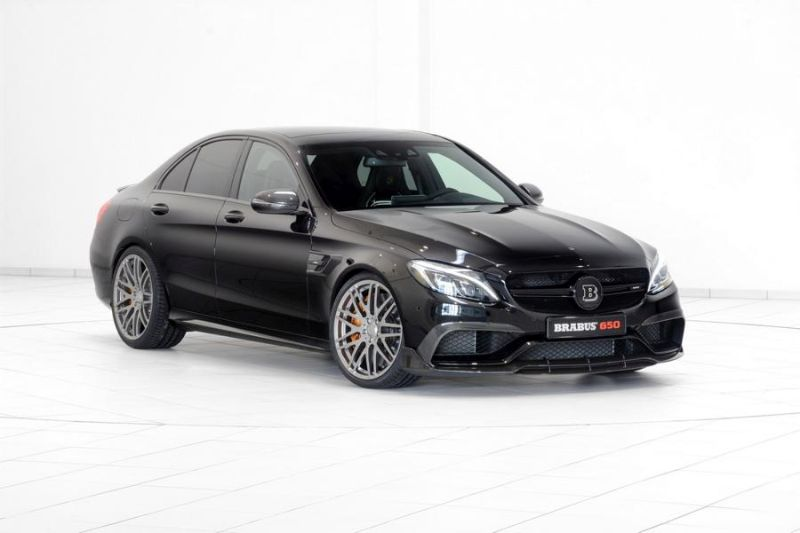 Brabus Mercedes C63 AMGs 650PS Tuning 12 (2)