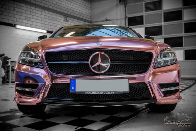 Check Matt Dortmund Mercedes Benz CLS Rose Chrome Folierung 2 Krasses Teil   Check Matt Dortmund Mercedes CLS in Rose Chrome