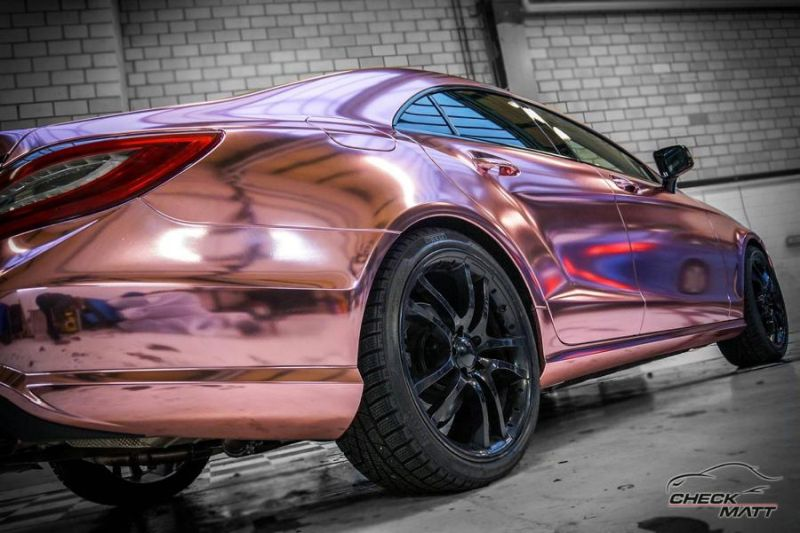 Check Matt Dortmund Mercedes Benz CLS Rose Chrome Folierung 7 Krasses Teil   Check Matt Dortmund Mercedes CLS in Rose Chrome