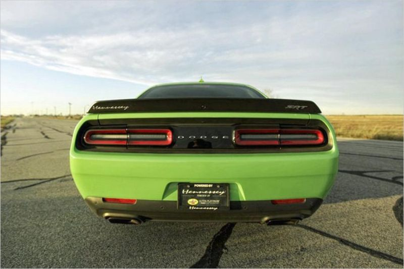 Dodge Challenger Hellcat HPE1000 Tuning Hennessey Performance 3