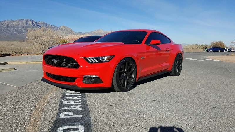 Ford Mustang HRE P101 Alufelgen Tuning 2 Roter Ford Mustang auf schwarzen HRE P101 Alufelgen