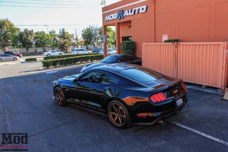 Ford Mustang VOLK TE37 Alufelgen Tuning by ModBargains 2 Ford Mustang auf VOLK TE37 Alu's by ModBargains
