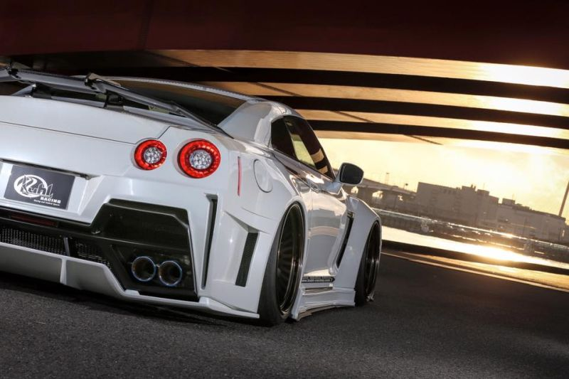 Kuhl racing Nissan GT R Widebody R35 Tuning 4 Auch in Weiß   Kuhl racing Nissan GT R Widebody