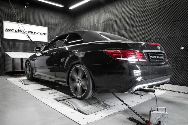 Mercedes E500 V8 497PS Chiptuning Mcchip-DKR SoftwarePerformance 2