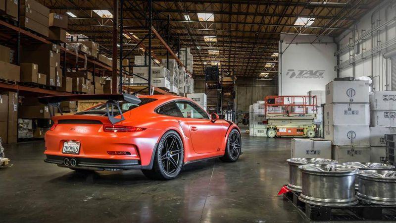Porsche 911 GT3 RS Lava Orange 20 Zoll HRE P106 TAG Motorsports 3
