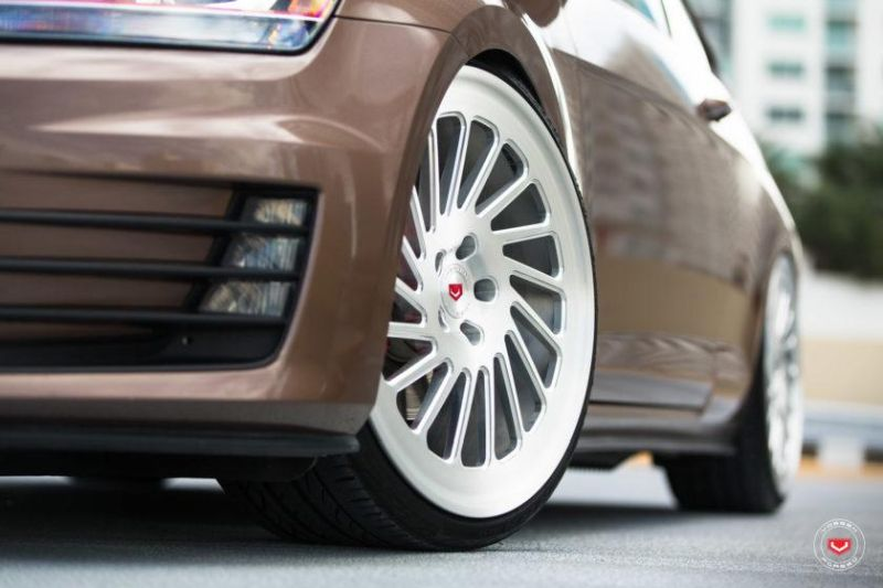 SDOBBINS-Mk7-VW-GTI-Vossen-Forged-LC-Series-Wheels-LC-106T-Vossen-Wheels-2016-Tuning (37)