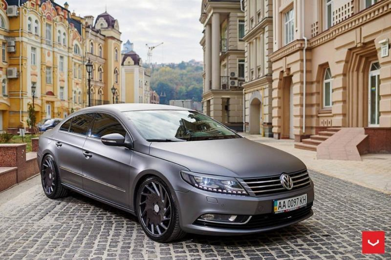 eleganter vw passat cc auf vossen wheels vle 1 felgen. Black Bedroom Furniture Sets. Home Design Ideas