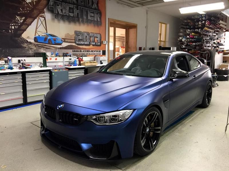 Vollfolierung BMW F82 M4 BlackBox Richter Car Wrapping Triton Aluminium Blue Tuning 1 Vollfolierung am BMW F82 M4 von BlackBox Richter Car Wrapping