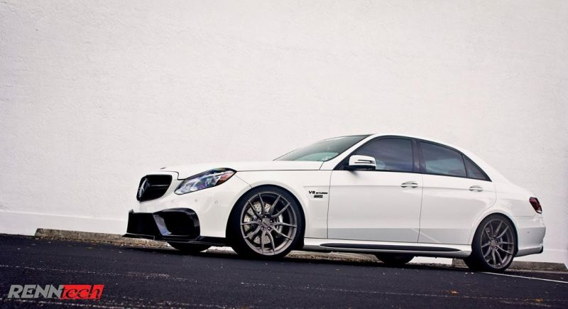 855PS Mercedes-Benz AMG E63 W212 Limo of RENNtech